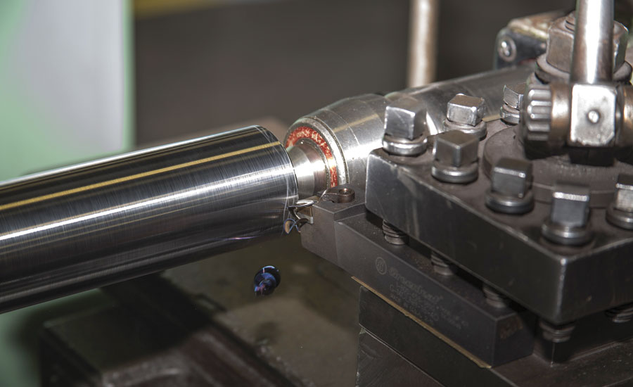 XSYTIN-1 cutting tool used in a turning operation