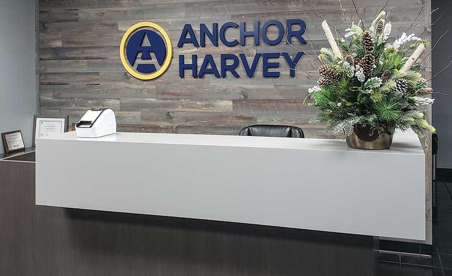 fg0820-anchor-photo5-900