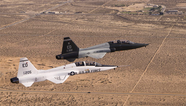 fg0214-uncle-T-38-Talon-615.jpg